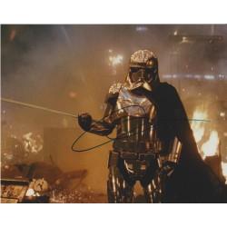 Gwendoline Christie AUTOGRAPH Star Wars The Last Jedi SIGNED IN PERSON 10x8 Photo