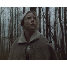Anya Taylor Joy AUTOGRAPH The Witch SIGNED IN PERSON 10x8 Photo