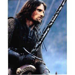 Viggo Mortensen AUTOGRAPH Lord Of The Rings SIGNED IN PERSON 10x8 Photo
