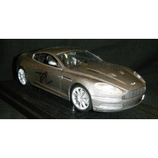 Daniel Craig AUTOGRAPH James Bond SIGNED IN PERSON Aston Martin DBS 1:18 Replica - SOLD OUT