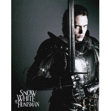 Sam Claflin AUTOGRAPH Snow White & The Huntsman SIGNED IN PERSON 10x8 photo